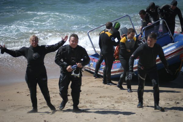 Scuba 2000 - diving at Protea Banks in South Africa